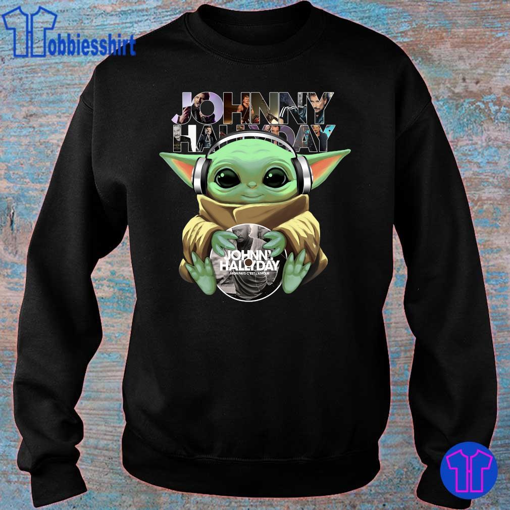 Official Baby Yoda hug Johnny Hallyday s sweater
